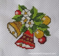 Cross Stitch Christmas Stockings, Xmas Cross Stitch, Cross Stitch Kitchen, Cross Stitch Baby, Cross Stitch Flowers, Cross Stitching, Cross Stitch Embroidery, Cross Stitch Pattern Maker, Cross Stitch Patterns