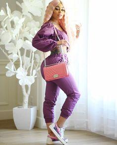 💕😍💜 Blac Chyna Instagram, Angela Renee White, Black Chyna, Jheri Curl, Hanging Hats, Bleach Blonde, Female Singers, Kim Kardashian, Casual Outfits
