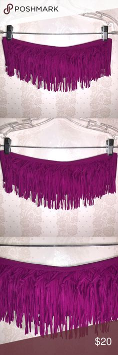 L space Fringe purple bandeau Bikini Top Fringe purple bandeau Bikini Top. like new never worn it doesn't have any tags but i believe it can fit pretty much anyone between S & M. i wear small and if fits me fine  -No Stains, no holes, no rips, no fading. item is in great conditions.   -Color may slightly vary from photo.  -I work to provide quality products and the best customer service. All of my items are in great conditions. i would not sale something in a condition i would not wear…