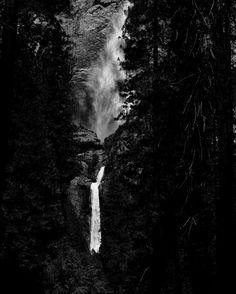 Upper and Lower Yosemite Falls: #brucebeanphotography  #FF #instafollow #l4l #tagforlikes #followback #love #instagood #tbt #photooftheday #yosemitenationalpark #loweryosemitefalls #yosemitevalley #california #californiaadventure #upperyosemitefallstrail #chasinwaterfalls#blackandwhitephotography #noir