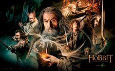 La trama de la película es sencilla, Bilbo Bolsón, es un Hobbit que vive tranquilamente en la comarca. Los Hobbits son seres pacíficos, que no se meten con nadie y sus vidas son simples y pocas veces salen mas allá de sus tierras. Una noche, Bilbo recibe la invitación de un mago llamado Galdalf, para acompañarlo a el y un grupo de enanos para ir a la montaña solitaria y reclamarla de las garras del terrible dragón Smaug.