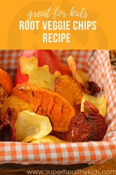 In this recipe we used: Yucca Sweet Potato Turnip Rutabaga Golden Beet Parsnip Russet Potato and Red Beet. A perfect snack for kids! Turnip Recipes, Beet Recipes, Snack Recipes, Cooking Recipes, Healthy Recipes, What's Cooking, Beet Chips, Vegetable Chips, Deserts
