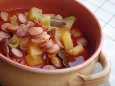 Nem vagyok mesterszakács: Paprikás krumpli virslivel és kolbásszal, bogrács ...