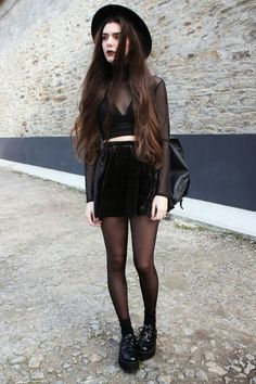 All black × http://pillxprincess.tumblr.com/ × http://amykinz97.tumblr.com/ × https://instagram.com/amykinz97/ × http://super-duper-cutie.tumblr.com/
