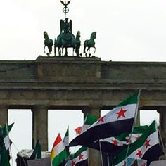 It's a whole new #europe !  #germany #Syrian  #neveradullmoment #brandenburggate http://ift.tt/1V9FzxJ