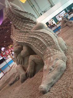 Plastic 3 piece alligator crocodile mold casting concrete ...