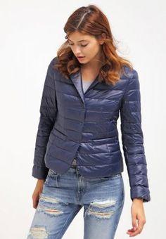 71afb8fb758c3 Najlepsze obrazy na tablicy Rzeczy do noszenia (17) | Down jackets ...