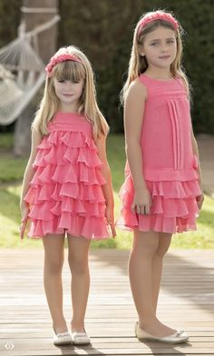 Artesanía Amaya: fancy pink dresses for girls. Dresses Kids Girl, Cute Dresses, Girl Outfits, Flower Girl Dresses, Pink Dresses, Fashion Kids, Little Girl Fashion, Toddler Dress, Baby Dress