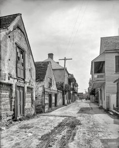 "Florida circa 1910. ""St. George Street, St. Augustine."" 8x10 inch dry plate glass negative, Detroit Publishing Company."