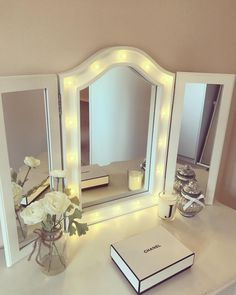 In love with my new dressing table mirror from @therangeuk ❤❣️✨✨❣️❤ #newhome #persimmon #hanbury #firsthome #design #interior #interiordesign #dressingroom #dressingtable #homeideas #style #makeup #hollywoodmirror #lights #pretty #girlie #lightup #clean #white #love #happy #gettingready