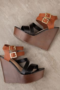 Wesley Black & Chestnut Wedge – Dress Up