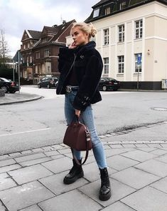 Zara Woman Winter Collection - My Favorite Clothing Items - Casual Winter Outfit Ideas - Casual Winter Outfits, Winter Boots Outfits, Spring Outfits, Trendy Outfits, Outfit Winter, Dress Casual, Casual Fall, Black Boots Outfit, Winter Fashion Boots
