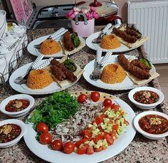 Moroccan Meatballs, Good Food, Yummy Food, Ramadan Recipes, Tapas, Arabic Food, Turkish Recipes, Iftar, Food Presentation