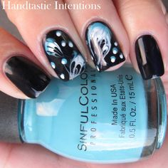 Handtastic Intentions: Nail Art: #31DC2014 Day 30 Jellyfish