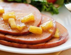 The flavors going on with this glaze are pure heaven. Pineapple ginger maple syrup and cloves make the perfect combination. It is so delicious! Ifyou have. Ham Recipes, Cooking Recipes, Pineapple Ham, Ham Glaze, Charcuterie, Crockpot, Curry, Brunch, Food And Drink