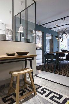 Modern French Interiors, Contemporary Interior Design, Paris Home, Style Deco, Classic Interior, Apartment Living, Living Room, Interior Design Inspiration, Kitchen Interior