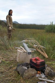 Canoe Camping, Canoe And Kayak, Wooden Kayak, Homestead Survival, Boat Plans, Boat Building, Creative Thinking, Water Crafts, Driftwood