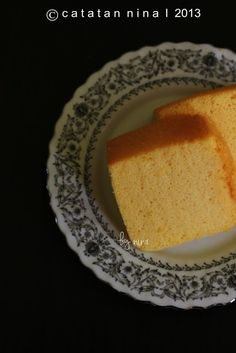 ORANGE CHIFFON CAKE (PUTIH TELUR) | Catatan-Nina Brownie Cake, Brownies, Orange Chiffon Cake, Cotton Cake, Sponge Cake, Lemon, Food And Drink, Pasta, Cakes