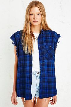 Vintage Renewal Sleeveless Flannel Shirt in Blue