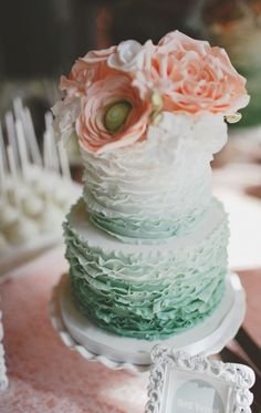 Country Wedding Cakes 41 Delicate Peach And Mint Wedding Ideas Mint Green Cakes, Mint Cake, Peach Cake, Beautiful Wedding Cakes, Beautiful Cakes, Peach Mint Wedding, Green Wedding, Country Wedding Cakes, Cake Wedding