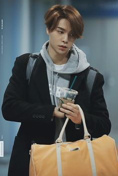 Johnny [쟈니] | Seo Youngho [서영호] Nct 127 Johnny, Johnny Seo, Kpop, Boyfriend Material, Jaehyun, Nct Dream, Boy Groups, Actors & Actresses, Rapper