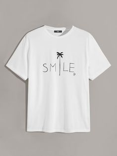 To find out about the Men Letter & Tropical Print Tee at SHEIN, part of our latest Men T-Shirts & Tanks ready to shop online today! T Shirt Logo Design, Shirt Designs, T Shirt Diy, Tee Shirts, Diy Vetement, Personalized T Shirts, Casual Elegance, Custom T, Printed Tees