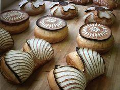 Artisan Bread Recipes, Sourdough Recipes, Sourdough Bread, Art Du Pain, Pain Surprise, Pain Artisanal, Bread Display, Potato Pudding, Bread Shop