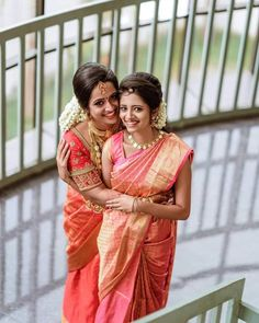 30 Bridal Kanjeevaram Sarees I'm Loving This Month - - Traditional Red Gold and pink Silk Kanjeevaram Sarees. Bridal Sarees South Indian, Bridal Silk Saree, Indian Bridal Outfits, Saree Wedding, Wedding Dress, Lehenga, Sabyasachi, Indian Photoshoot, Saree Photoshoot