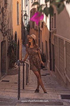 Un patron ultra facile et rapide à coudre ! Disponible en version robe ou top, du 34 au 56 dans la boutique Chut Charlotte ! Chut Charlotte, Shoulder Dress, Boutique, Dresses, Fashion, Budget, Safari Dress, Tank Top Dress, Patron Robe