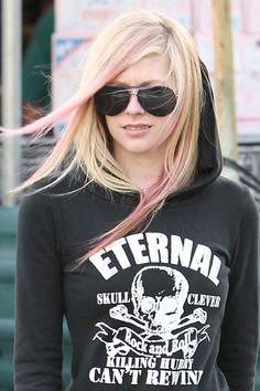 A.Lavigne ..love her hair!