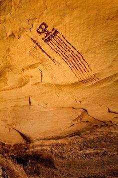 The Observer Anasazi photo Ancient Mysteries, Ancient Artifacts, Native Art, Native American Art, Cave Drawings, Art Ancien, Arte Tribal, Indigenous Art, Ancient Aliens