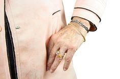 """""""Pure Lust auf edle und bunte Steine waren Auslöser für die kleine Serie Freestylestone-Rings. Bunt und frei sind sie ein besonderer Blickfang. Eigene  Zusammenstellung, je nach Stein- und Material-präferenz ist möglich und willkommen."""" Astrid Siber    💍Freestyle Stone Ring Big: Silber vergoldet 14 Karat, Gelbgold, Aquamarin-Synthese, dunkler Zitrin, € 365.- .  . #schmuck #schmuckliebe #silberschmuck #goldschmuck  #schmuck   #jewelryofinstagram #jewelrydesigner Freestyle, Bunt, Material, Accessories, Fashion, Silver Jewellery, Great Gifts, Bangle Bracelet, Brooches"""