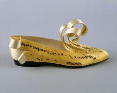 omgthatdress:  Shoes Isabel Casanovas, 1989 The Metropolitan Museum of Art