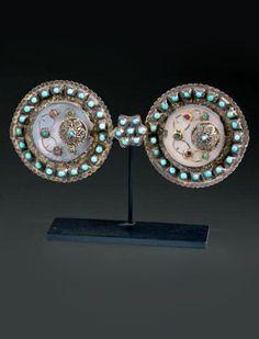 'Toka' (belt buckle). For women. Late-Ottoman Turkish ca. 18th century. Silver, silver gilt, turquoise, jade.