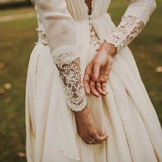 De beaux détails pour une robe de mariée vintage