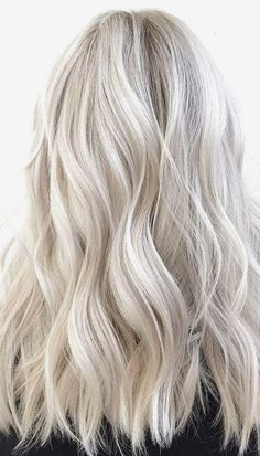 Blonde Hair Shades, Ash Blonde Hair, Blonde Bobs, Golden Blonde, Brown Blonde, Platinum Blonde, John Waters, Medium Hair Styles, Curly Hair Styles
