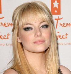 Miss Klaire: Emma Stone: Make up & Hair Style