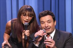 Jimmy & Rashida sing a medley of holiday-themed parodies of the year's biggest songs.
