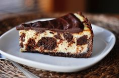 Brownie Mosaic Cheesecake - OMG, two of my faves chocolate and cheesecake! Smooth, creamy cheesecake surrounding decadent, fudgey brownie bites, and smothered in a rich chocolate ganache! Cheesecake Brownies, Nutella Cheesecake, Cheesecake Recipes, Dessert Recipes, Cookie Brownies, Yummy Treats, Sweet Treats, Yummy Food, Cupcake Cakes