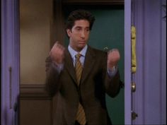 The perfect Friends RossGeller MiddleFinger Animated GIF for your conversation. Discover and Share the best GIFs on Tenor. Friends Tv Show, Ross Friends, Serie Friends, Friends Cast, Friends Gif, Friends Moments, I Love My Friends, Friend Memes, Friends Forever