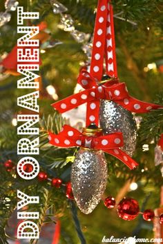 DIY Light Bulb Ornament - Don't throw away that burnt-out bulb. Cover it in Mod Podge and glitter for a sparkly ornament.