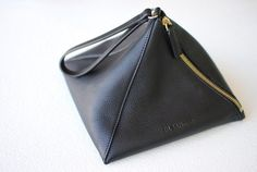 Jil Sander Triangle Bag | Minimal + Chic