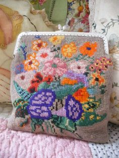 QUIRKY COLOURFUL HAND EMBROIDERED VINTAGE NEEDLEPOINT BAG PURSE