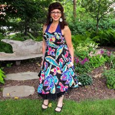 Ariel looks adorable in the Trixie dress in Tropical Flowers! You are still in luck, the Tropical Flowers print is still on sale!! #trashydivatropicalflowers #trashydivatrixiedress