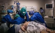 Laying intensive care patients face down could save lives — Daily Mail