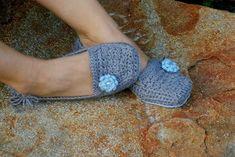 free crochet womens slipper patterns | Womens House Slipper PDF Crochet Pattern - six sizes included - Women ...