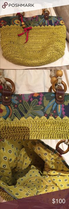 Yellow woven Fossil shoulder bag Fossil shoulder bag with patterned fabric. Fun, summer purse! Pops of color with leather trim and a a lot of space inside, also comes with the protective dust bag Fossil Bags Shoulder Bags