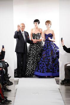Oscar de la Renta Fall 2014 Ready-to-Wear Fashion Show - Oscar de la Renta, <em>left</em>.