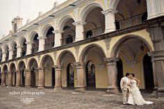 Antigua Guatemala Wedding Photography - Rock the Dress Session