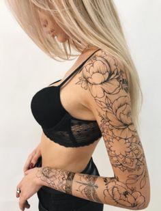 Flowers tattoo on shoulder henna 66 Ideas Feminine Tattoo Sleeves, Feminine Tattoos, Trendy Tattoos, Unique Tattoos, Beautiful Tattoos, Girls With Sleeve Tattoos, Full Sleeve Tattoos, Tattoo Sleeve Designs, Tattoo Girls